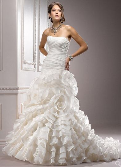 800x800 1339176915805 weddingdressesincharlottencnewyorkbrideandgroom