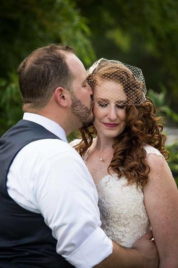 Couple outdoors | Photo: bethany walter photography