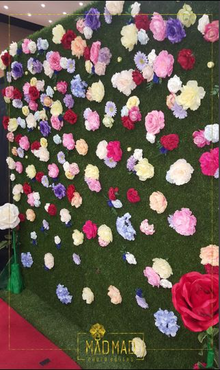 flower wall mad mad photo booths san antonio