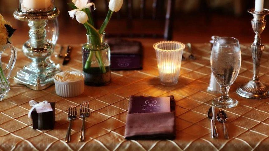 Minda Crown Pintuck with Chocolate Hemstitch Napkin