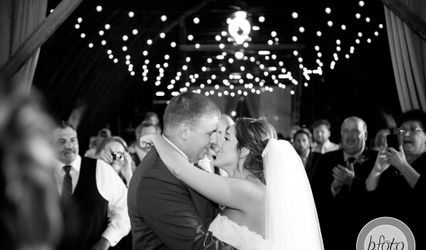 Legendary Weddings