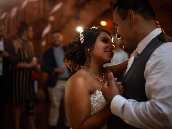 Tmx 1538699519 Fe11257fd8638073 1538699516 F7eeb2a9fd36efc3 1538699509988 14 IMG 4781 Burlington wedding photography