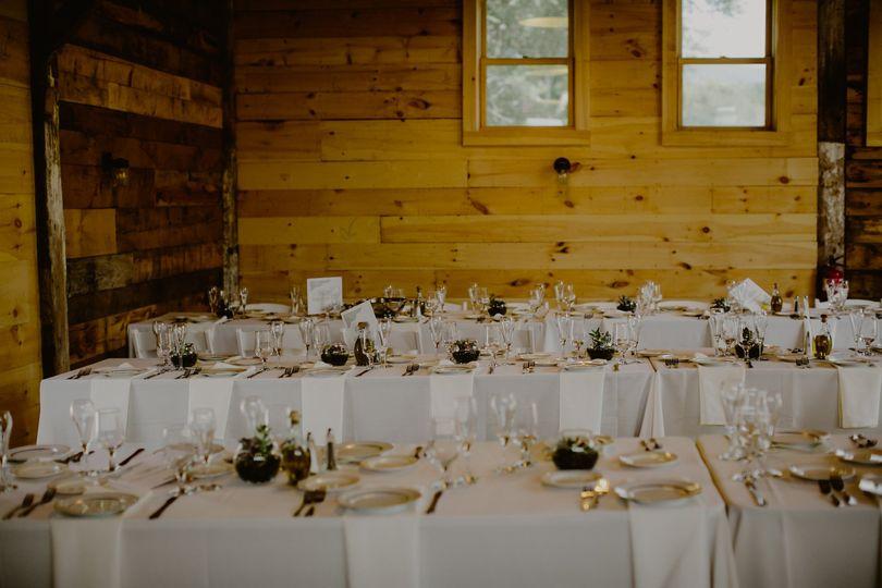 Table Spruceton Inn