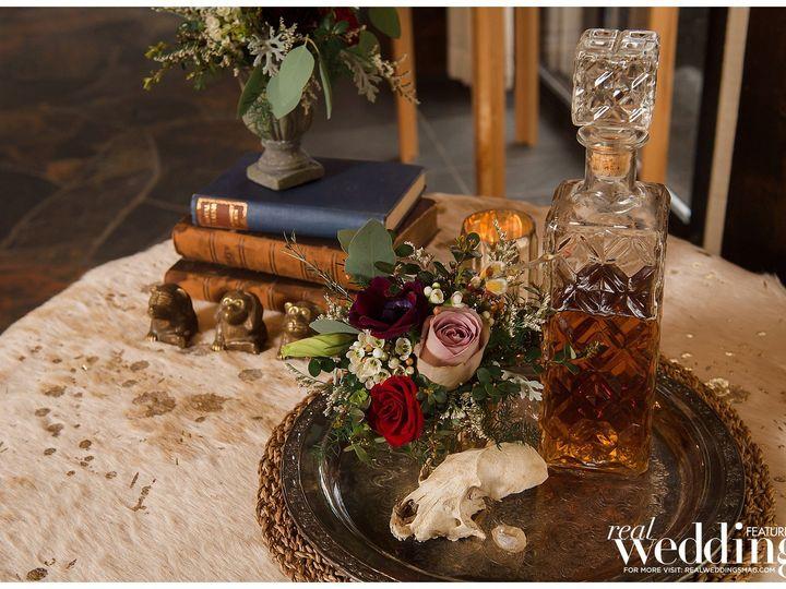Tmx Sweet Marie Photography Sacramento Real Weddings Magazine Endless Love Layout 0032 51 1003180 1559259196 Nevada City, CA wedding planner