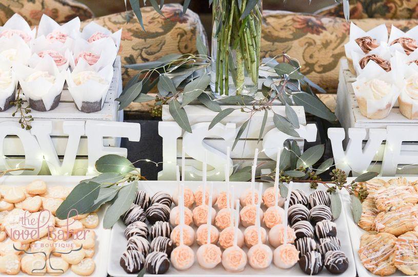 Rustic sweet table