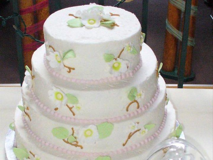 Tmx 1247603104837 062709Desmarais Charlestown wedding cake