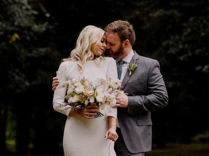 Tmx 0dc3e718 35d8 452b Ae35 Bdc6a22aebbb 1 201 A 51 1005180 158067160330930 Portland, OR wedding beauty
