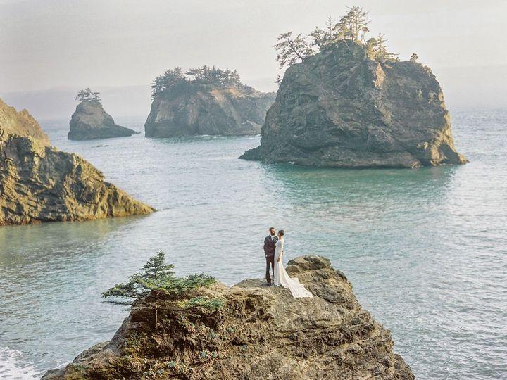 Tmx 256435d2 9413 42b0 B996 970739a7028d 1 105 C 51 1005180 158067154173929 Portland, OR wedding beauty