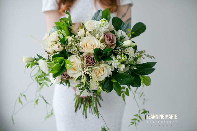 jessica wonders minnesota wedding floral jeannine