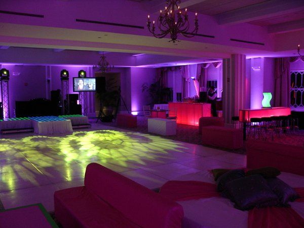 Chic Decor, Uplighting, Plasma TV's!