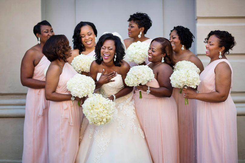 A joyful bridal party (Photo by Chase Richardson)
