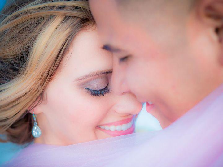 Tmx 1519237942 9df8e0379303f2ed 1519237940 D3f01422af5a48ac 1519237883065 72 Tampa Riverview B Riverview, FL wedding photography