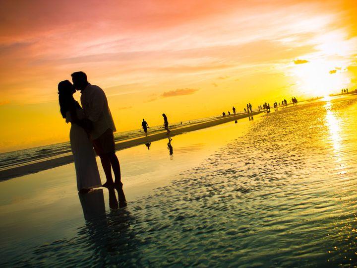 Tmx 1519238000 6b36887a17a90deb 1519237998 F61b9fc65ffdc405 1519237883123 120 Tampa Riverview  Riverview, FL wedding photography