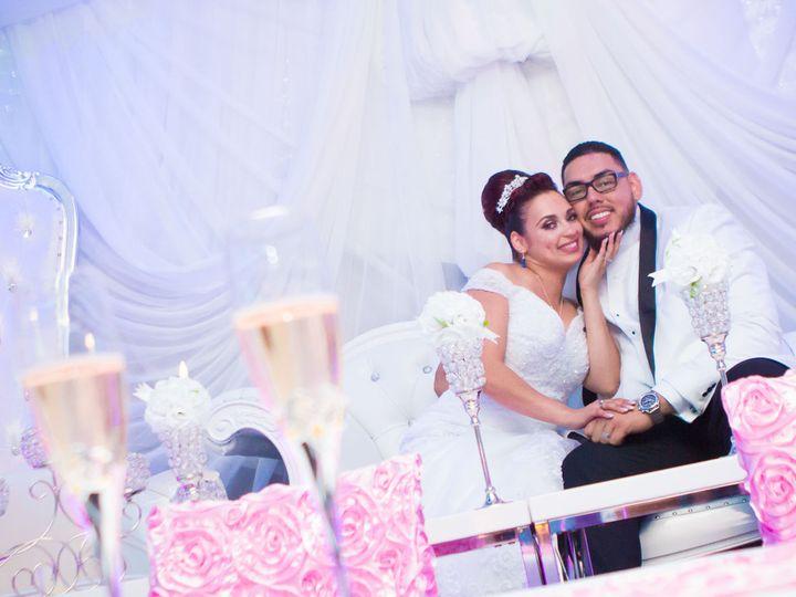 Tmx 1519238018 E94edc42b310292e 1519237966 Ca980fc341bb18eb 1519237883099 100 Tampa Riverview  Riverview, FL wedding photography