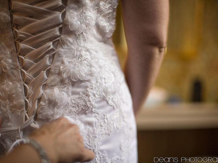Tmx 1516122289 D7f70f667b32879e 1516122287 36e2bd917cffbb50 1516122283149 5 SP Dress Detail R  Watertown, WI wedding photography