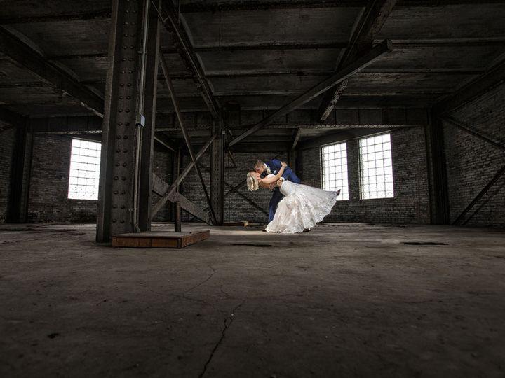 Tmx 1516128244 De93f19a5dbe3e23 1516128242 D5e484b132659f13 1516128229974 20 Tracie Jon 0654 Watertown, WI wedding photography