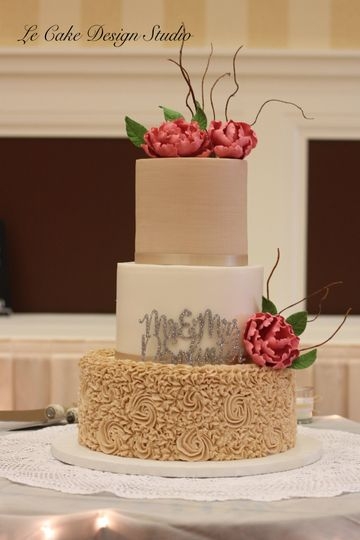 Fondant And Buttercream Combination Wedding Cake, Who Says The Topper Needs To Go On Top