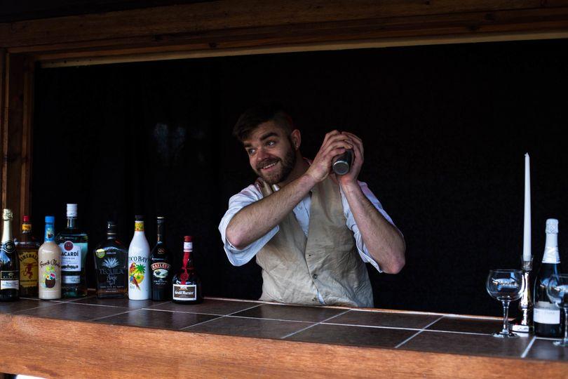Bartender   Hotshoe Image Capture