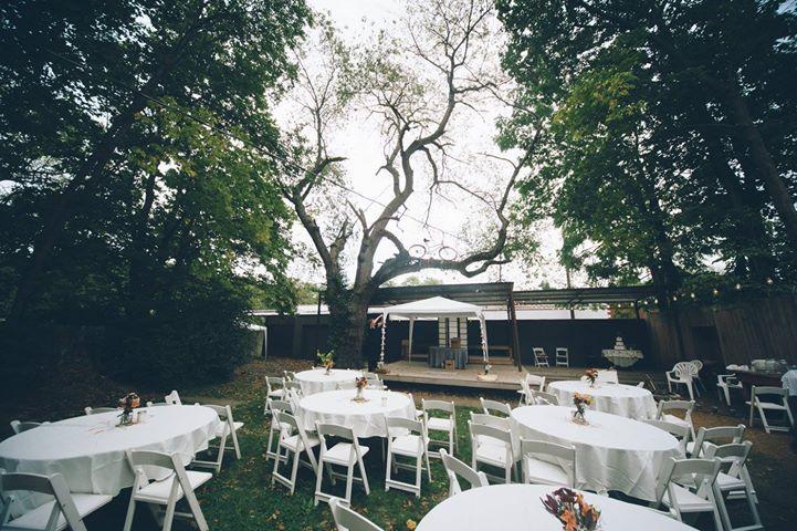 Outdoor reception | Hotshoe Image Capture