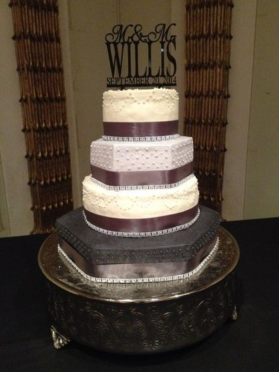 ocala fl wedding cakes the edible whisk wedding cake ocala fl weddingwire 17965