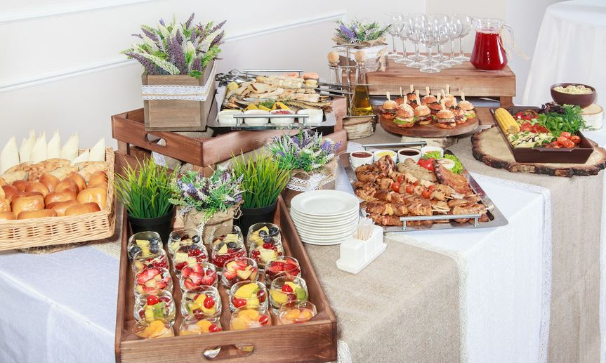 0ad02b65f0a9c879 catering banner 2