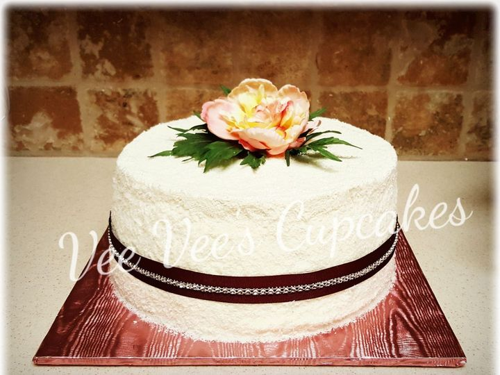 Tmx 1526536559 B2f822ef9334875e 1526536558 0d98ca3a9bd10b0c 1526536547912 8 CYMERA 20160724 09 Manteca wedding cake