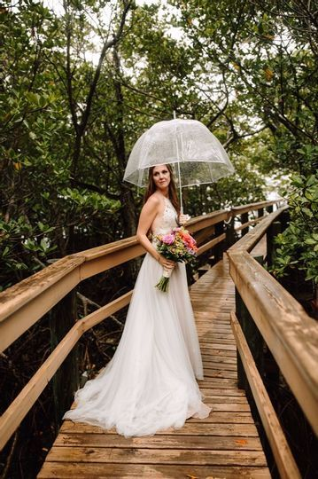 Rain won't stop this bride