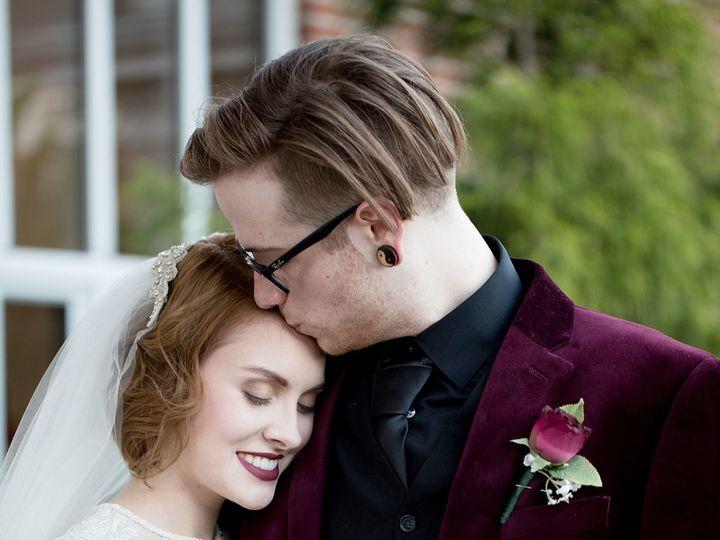 Tmx 1517584868 2efc03d41b89973e 1517584867 5b9104a9a8e988fc 1517584865948 24 Small2 Richmond, KY wedding photography