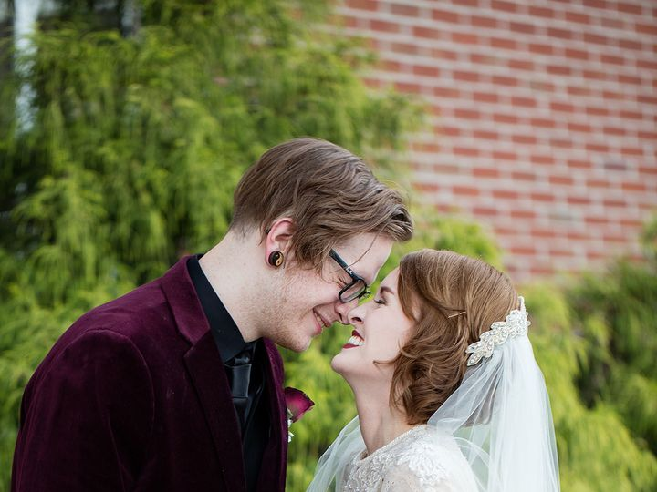 Tmx 1517584988 5ab9c2b6506d4942 1517584986 Ade590c454d044bb 1517584985190 26 Small4 Richmond, KY wedding photography