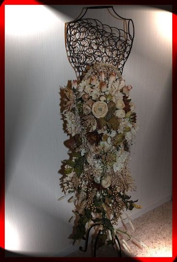 Long & Cascading Faux Floral Wedding Bouquet!