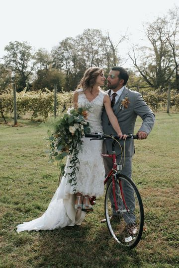 3a1a873ac997df82 a creative focus photography priam vineyards wedding Block isl