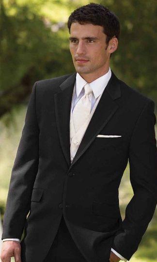 Duckyu0026#39;s Formal Wear - Dress U0026 Attire - Dekalb IL - WeddingWire