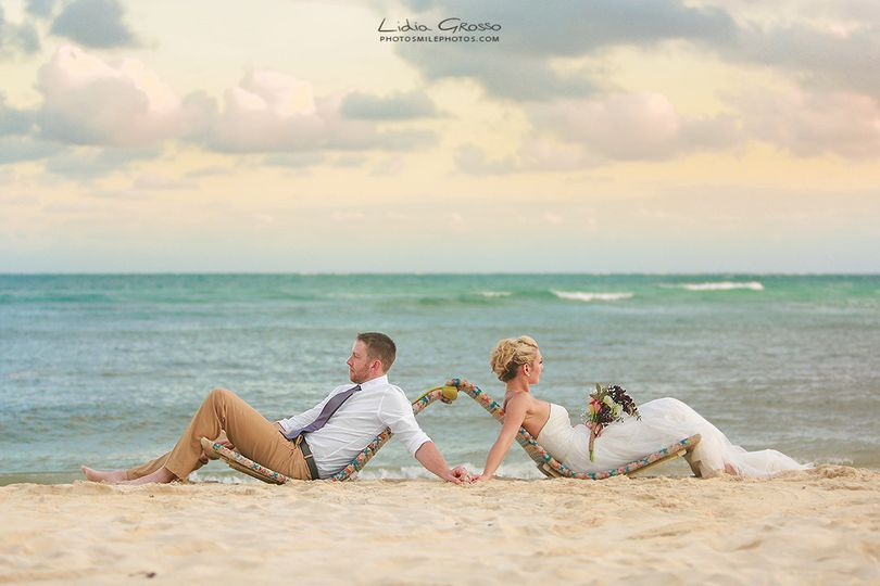 scott and bee beach wedding secret silversands s