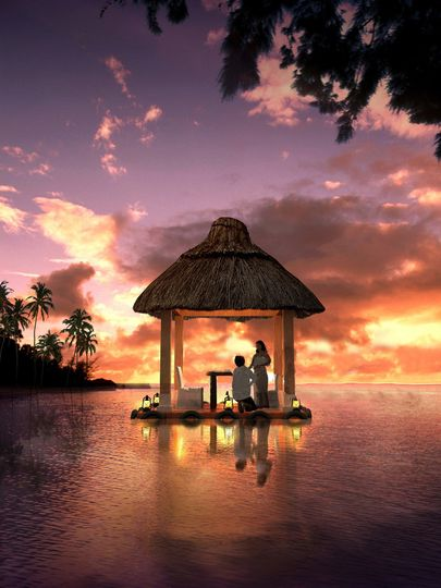 couple floating palapa