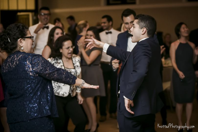 Groom on the dance floor | Knotted Photography