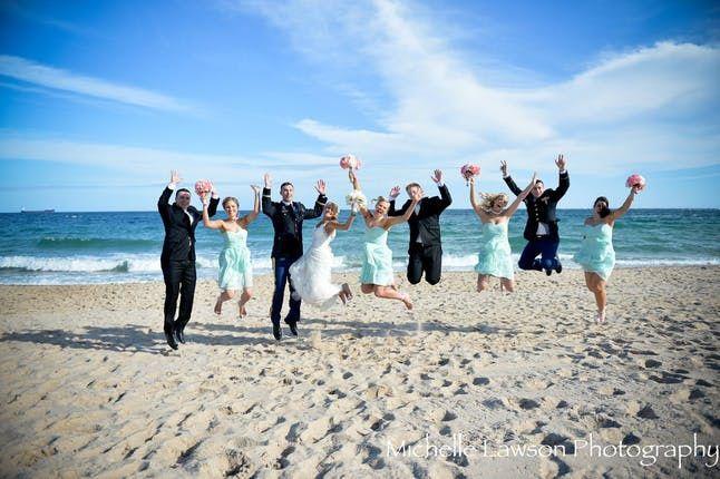 beach wedding party 51 377380 159622773847127