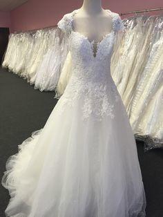 Tmx 1518366038 4245b7afe923765f 1518366037 E3fa2a0847c5e055 1518366045743 2 94aed7839292884acc Allison Park, PA wedding dress