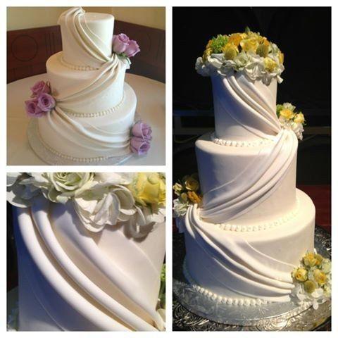flower house cakes