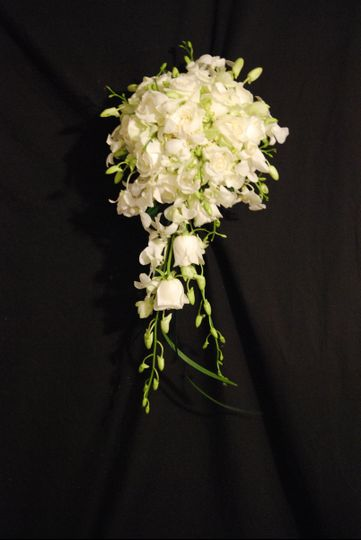 Cascading white bouquet