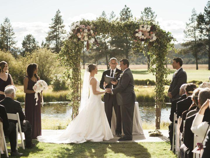 Tmx 1522474650 Ca3846eca00addc3 1522474648 4ffec18ecebf6275 1522474638399 4 Nikki Pyne  Kimber Lake Oswego wedding planner