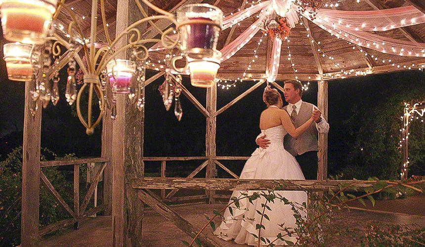 9dc21a1cf702b020 1425760445726 slider wedding