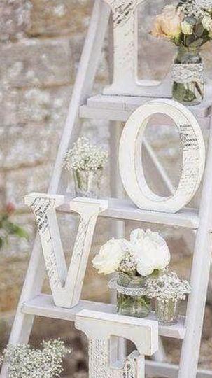 Love lettering decor