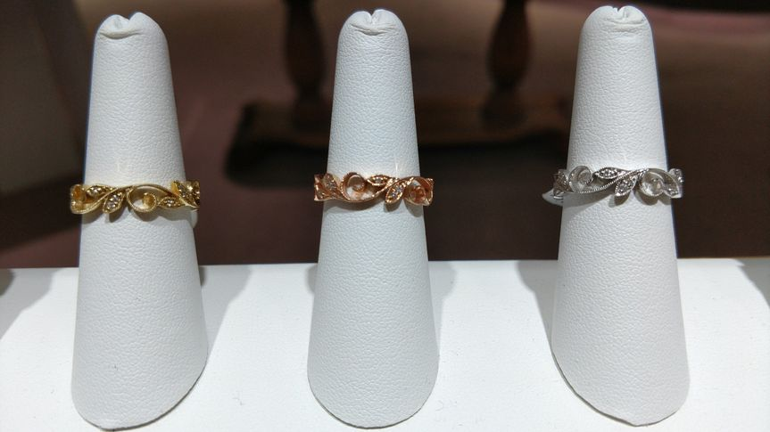 Yellow, rose and white gold wedding bands