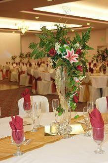 Yolandas special events planning live oak ca weddingwire 800x800 1235626738078 calililiescenterpiece junglespirit Images