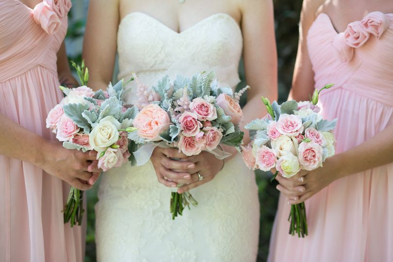 Bouquets of Roses, Garden Roses, Spray Roses, and Dusty Miller