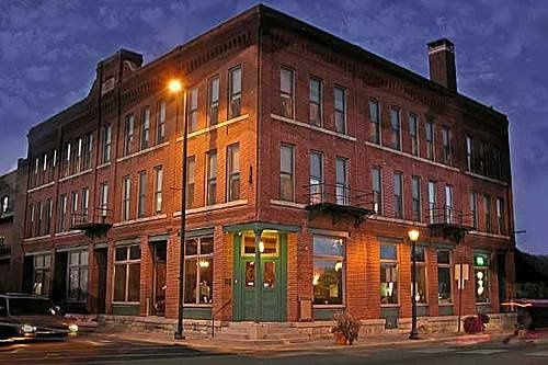 Welcome to the historic Water Street Inn on Stillwater, Minnesota's St. Croix Riverfront.