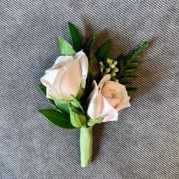 Tmx Xxjn3w9a Jpeg 51 108580 159217922291166 Chevy Chase, MD wedding florist