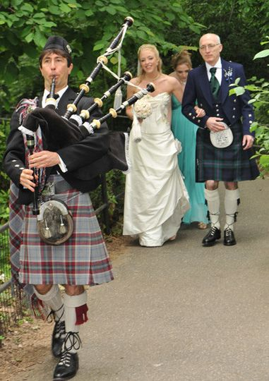 800x800 1428609772046 Kate Mehr Wedding 10 24 2014 1428609683354 Bagpiper 2 Cropped 5 27