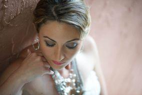Helen Staniszewski Makeup & Hair Artistry