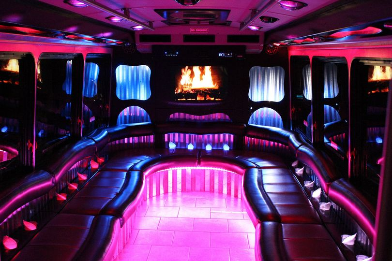 Affordable limousine party bus transportation wyoming mi 800x800 1402936155312 22 junglespirit Gallery